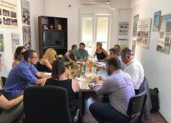 Συνάντηση με τους βουλευτές του ν. Ηρακλείου για το ζήτημα αποκλεισμού μεγάλου αριθμού εκπαιδευτικών από τους πίνακες του ΑΣΕΠ